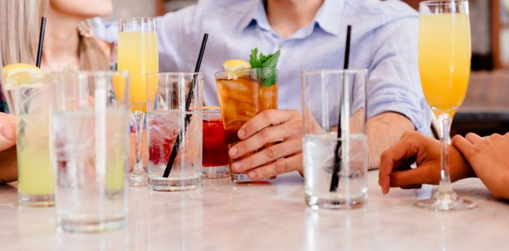 pullman-adelaide-hotel-exclusive-offers-salt-bar-and-lounge-happy-hour-image-2